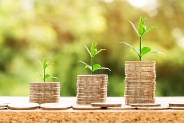 peníze, veřejné zakázky, investice, MMR,
