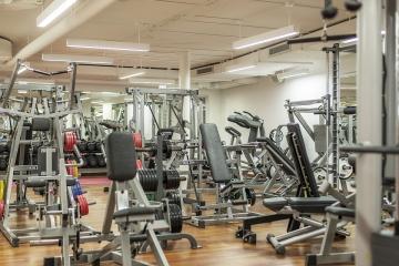 fitness centrum posilovna sport zdravi