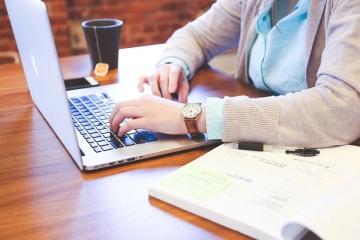 Online výuka, Den bezpečného internetu