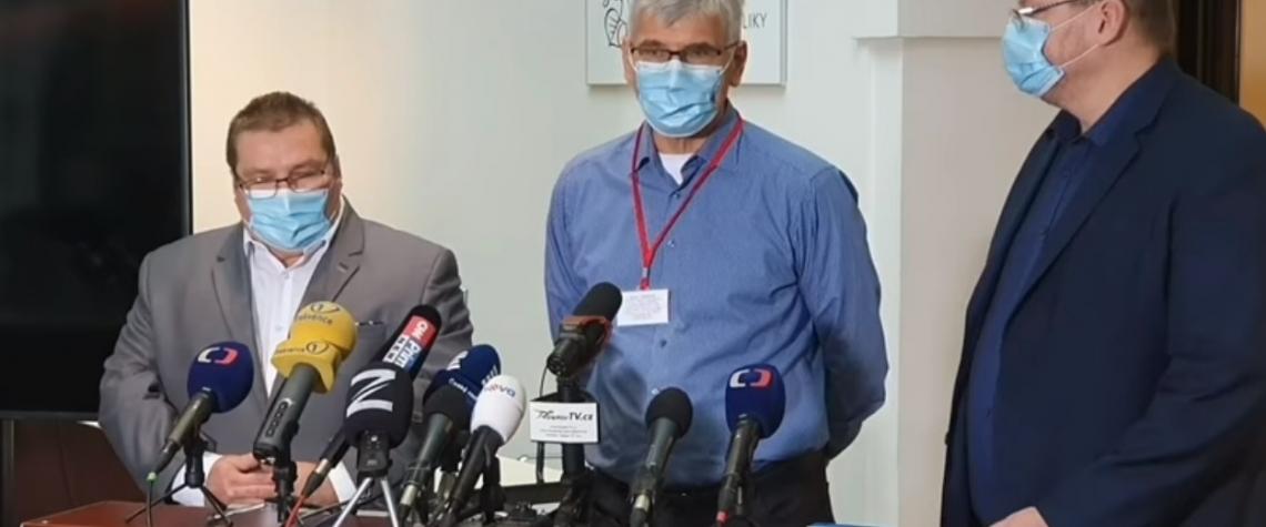 Imunolog Beran vyzkoušel na koronavirus levný a dostupný lék Isoprinosine
