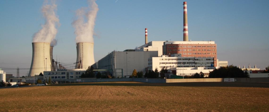 Zahájeno detailní bezpečnostní posouzení uchazečů o dodávku nového jaderného bloku v Dukovanech. ČEZ získal povolení k umístění nového jaderného zdroje v Dukovanech