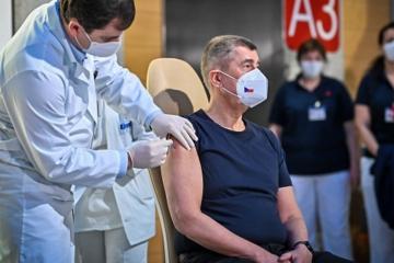 epidemie, covid 19, vakcíny, očkování, Andrej Babiš