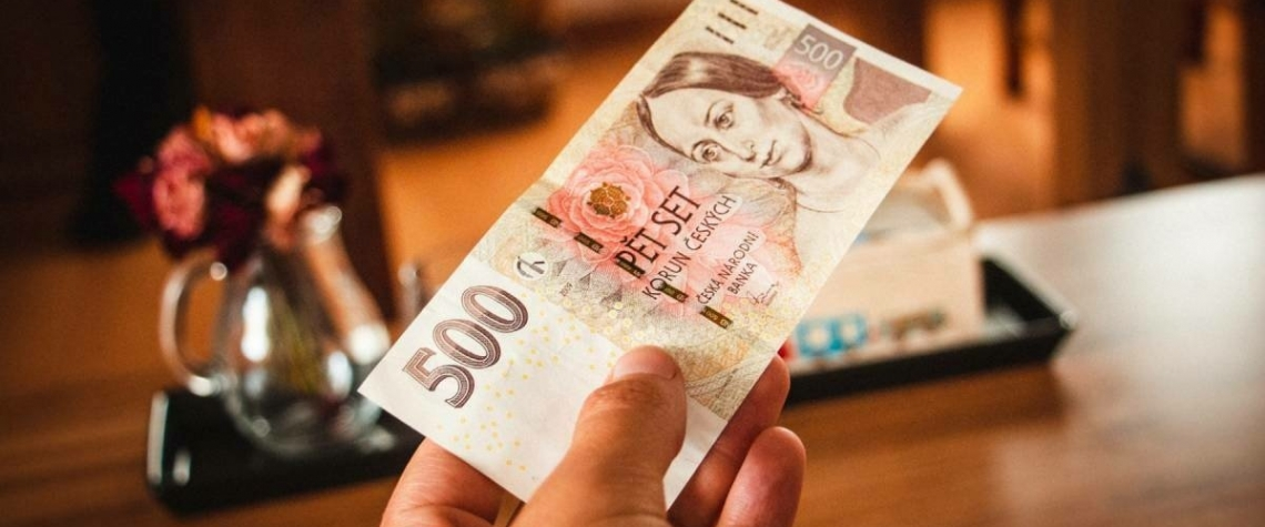 Kompenzační bonus pro zavřené obory podnikání schválen