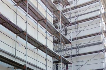 Stát prostřednictvím výhodných úvěrů pokračuje v podpoře zateplování bytových domů