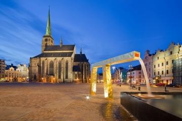 Turistům se vPlzni otevře opravená katedrála i nový minipivovar. Ve městě je uvítá infocentrum svyhlídkovou věží
