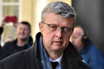 Ministr Havlíček, testování ve firmách