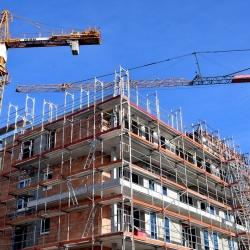 Pražská bytová výstavba v roce 2020 a porovnání krajů