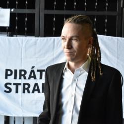 Piráti, Ivan Bartoš