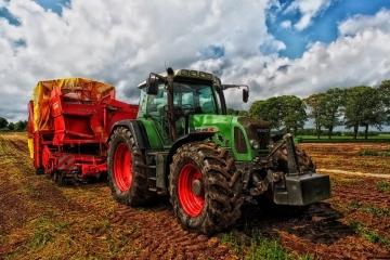 Zemědělství se koncentruje do větších podniků, Ministerstvo zemědělství vyhlásilo druhou výzvu programu AGRICOVID - Potravinářství