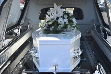 ,Březnový počet zemřelých byl rekordníS covidem umřelo 24 tisíc lidí