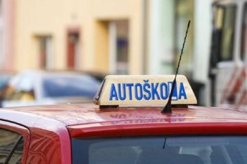 Závěrečné zkoušky v autoškolách