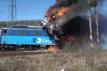 Na Teplicku se srazily dva nákladní vlaky, zemřel jeden strojvůdce