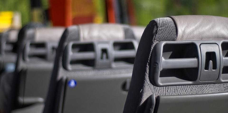 Komerční linkoví autobusoví dopravci dostanou podporu, vyčleněno je sto milionů korun