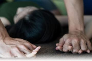 Obvinění 4 osob z obchodování s lidmi