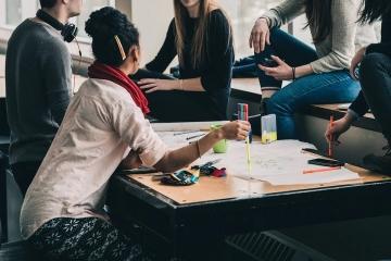 Výrazně roste počet cizinců, kteří studujících na českých vysokých školách